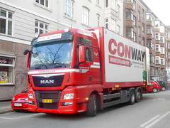 MAN AV87810 furniture removals (sms88aec) Tags: man furniture removals av87810