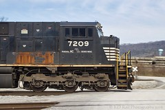 NS 202 at Chattanooga, TN (KD Rail Photography) Tags: chattanooga gm tennessee trains transportation railroads norfolksouthern emd intermodal diesellocomotive sd80mac intermodaltransportation generalmotordiesel electricmotivedivision onelineinfinitepossibilities