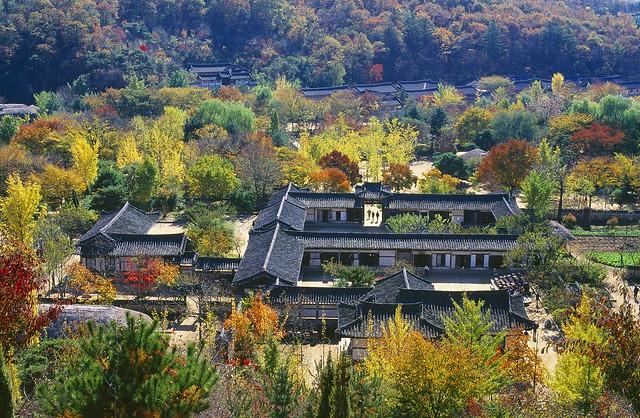朝鮮王朝時代の街並を散策(韓国民俗村)