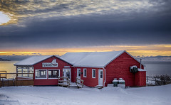 Breakfast sunrise (Danny VB) Tags: winter red sky house snow canada cold reflection water breakfast clouds sunrise canon restaurant dock redhouse deck québec ef50mmf18ii 6d gaspésie percé canon6d
