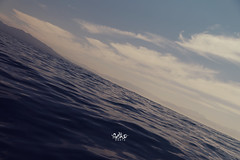 texturas (betho itinerante) Tags: color textura luz sol azul atardecer mar agua playa paisaje dia movimiento diagonal cielo nubes contraste perspectiva aire olas detalles libre suave linea horizonte reflejos piedras calor tranquilidad ocano arista relajacin placentero