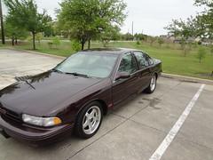 DSC04721 (oscarahsan) Tags: red classic chevrolet dark floor ss 1996 chevy impala 57 shifter liter 96 chery lt1