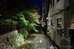20160412-91-Kyoto at night (Roger T Wong) Tags: travel trees light holiday japan night canal kyoto canonef1740mmf4lusm 2016 canon1740f4l canoneos6d rogertwong