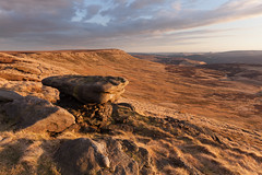 Wilfrey Edge (Paul Newcombe) Tags: uk sunset england landscape march rocks outdoor derbyshire peakdistrict hill moors moorland gritstone southyorkshire howden 2016 sidelight howdenmoors margeryhill highstones wilfreyedge margerystones paulnewcombephotography canon1635f4l