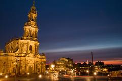 Katholische Hofkirche Dresden bei Nacht (bomme) Tags: dresden urlaub kirche promenade langebelichtung elbpromenade