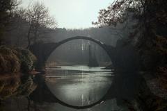 devil's bridge (Rainer Schund) Tags: bridge light nature mirror nikon live devils natur mirage brcke spiegelung lichterfest lichtstrahlen lichtstimmung nikond700 naturemasterclass natureexploring