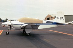 VH-UAJ B95 TD-712 MBW Jan-03 (K West1) Tags: jan03 mbw b95 td712 vhuaj