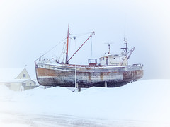 Not Sailing (Siglufjordur, Iceland. Gustavo Thomas  2013-2016) (Gustavo Thomas) Tags: trip travel winter white snow cold boat iceland barco ship hiver nieve north invierno blanc niege siglufjordur nlanco