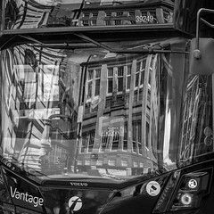 Bus:Driver (BazM:Photog.......:-)) Tags: city windows reflection bus window manchester volvo busdriver victorian first reflected windscreen kingstreet vantage victorianarchitecture vantagepoint citybus kingst greatermanchester firstbus volvovantage