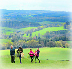 a family lunchtime  out at Newlands Corner (John(cardwellpix)) Tags: uk family corner sunday lunchtime surrey april guildford 24th newlands albury 2016 merrow