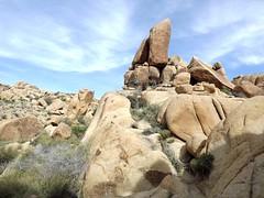 Boulders (h willome) Tags: california desert hiking joshuatree joshuatreenationalpark 2016 cottonwoodsprings