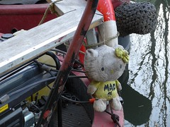 Mad (moley75) Tags: stuffedtoy london hellokitty mad ealing narrowboat grandunioncanal hanwell