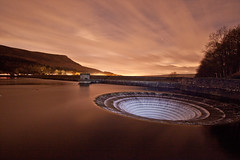 Ladybower Night shot (Twiggy's Photography) Tags: cold tower water night clouds river dark stars hole dam derwent derbyshire hill reservoir plug win outlet ladybower astrometrydotnet:status=failed astrometrydotnet:id=nova1370395