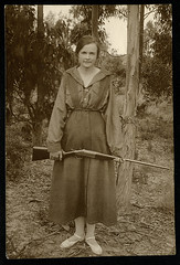 f_girlgun (ricksoloway) Tags: americana oldphotos photohistory foundphotos antiquephotos vintagewomen americanwomen phototrouvee