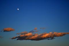 (Katsuhiro Rodrguez) Tags: moon clouds mar andalucia luna nubes malaga mlaga