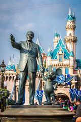 Partners 1_20_2016 (Domtabon) Tags: california castle disneyland disney mickeymouse dl dlr sleepingbeauty partners waltdisney partnersstatue sleepingbeautycastle disneylandresort mousewait
