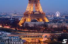 De la Place de la Concorde au Pont Bir-Hakeim (A.G. Photographe) Tags: paris france french nikon europe eiffeltower sigma toureiffel ag bluehour capitale franais parisian placedelaconcorde granderoue anto birhakeim pontbirhakeim grandpalais xiii parisien d810 150600 antoxiii agphotographe