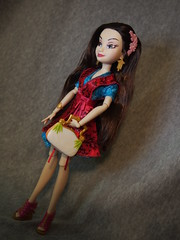 Disney Descendants Lonnie (sh0pi) Tags: doll von daughter disney fille lonnie hasbro tochter puppe mulan hija descendants auradon
