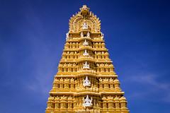 Shri Chamumdeshwari Temple | Mysore | Karnataka (chamorojas) Tags: india temple hinduism mysore mandir chamundi 60d albertorojas chamorojas