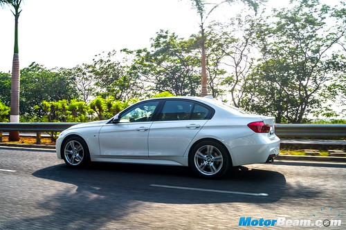 2016-BMW-3-Series-2
