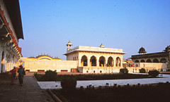 Red Fort, Agra (Niall Corbet) Tags: india agra redfort
