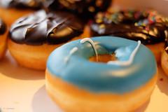 Funky Donuts (H. Eisenreich) Tags: food funny verrckt bokeh donuts fujifilm colourful mad teatime bunt kaffeekrnzchen gebck xt1 offenblende eisenreichhans
