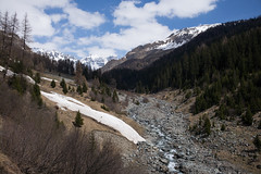 Val Tasna (GR) (Toni_V) Tags: alps landscape schweiz switzerland europe suisse hiking rangefinder mp alpen svizzera engadin wanderung randonne 2016 graubnden grisons svizra valtasna escursione summiluxm leicam unterengadin grischun 35mmf14asph engiadinabassa 35lux messsucher tasnan 160430 35mmf14asphfle typ240 toniv m2404495 lasmiranas