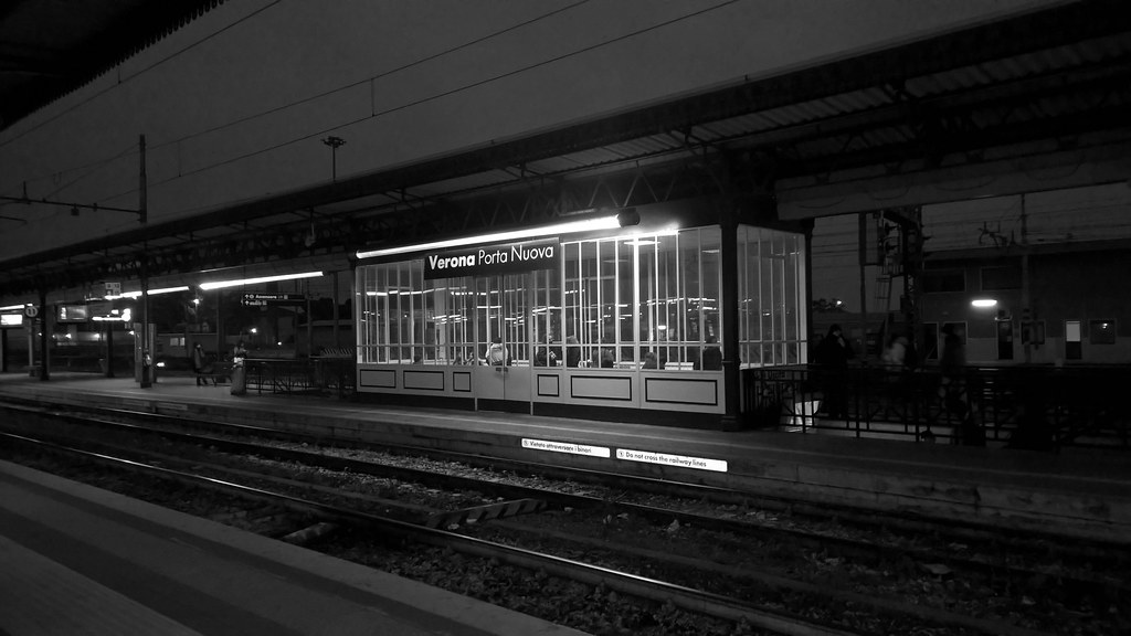 The world 39 s best photos of treni and verona flickr hive mind - Partenze treni verona porta nuova ...