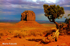 USA: Arizona: Monument Valley (mariofalcetti) Tags: arizona landscape rocks unitedstates monumentvalley rocce paesaggio