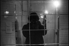 (catatonic0) Tags: chile bw film luz 35mm noche kodak autoretrato bn espejo arica