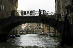 Canales de Venecia ... (Vctor.M.Chacn) Tags: venice agua barcos puentes venecia venezia fz1000 dmcfz1000 vctormchacn