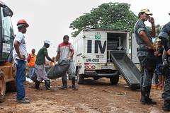 Deslizamento de barreira (andersonnascimentofoto) Tags: brasil recife morro acidente barreira