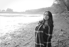Cold Sun (Frederic DIDIER) Tags: leica portrait blackandwhite bw sun cold water girl face soleil pond eau teenager fille froid tang drained leicaq assch qtype116