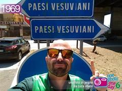 Foto in Pegno n 1969 (Luca Abete ONEphotoONEday) Tags: 1969 me sunglasses 21 arrows aprile selfie indicazioni 2016 paesi direzione vesuviani