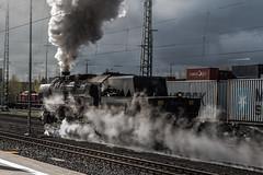 Dampf, Rauch und Licht (ho4587@ymail.com) Tags: eisenbahn bahnhof sonne gleise hof damp rauch dampflok qualm tamronsp2470mmf28divcusd