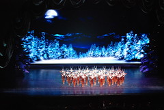 Radio City Music Hall Christmas Show (jrozwado) Tags: christmas nyc usa newyork manhattan northamerica radiocitymusichall rockettes