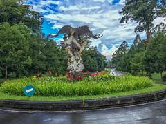 IMG_9724.jpg (Pete Finlay) Tags: bali statue indonesia id bedugul hindustatue baturiti balibotanicgarden