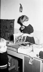 Verjaardag boek (Arne Kuilman) Tags: feest blackandwhite sinterklaas children found zwartepiet class lostandfound agfa 1961 vroeger photonotmine agfalisopanff