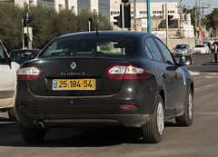 2518454 (rOOmUSh) Tags: auto car gray police renault strobe unmarked fluence