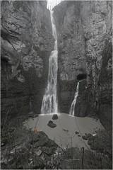 Le Creux Billard en eau (Guy Decreuse 25) Tags: anne sainte jura billard karst cascade source grotte sous nans doubs lison creux loue sarrazine