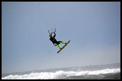 Salinas 31Ene2016 (19) (LOT_) Tags: coyote switch fly nikon waves lot asturias kiteboarding kitesurfing nitro hugo kitesurf nitro5 controller2 kitesurfmagazine kitespain switchkites switchteamrider nitro3 ©lot