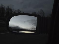 (Oeil de chat) Tags: grain reflet fujifilm retroviseur miroir nuit x20 3200iso heurebleue