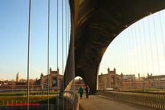 Puentes Invernadero y Matadero. Ro Manzanares a su paso por Arganzuela. Madrid (Carlos Vias-Valle) Tags: madrid rio perrault manzanares