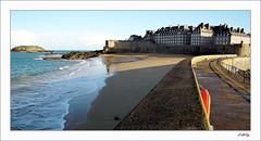 St Malo plage du Mle (P.LeToq) Tags: mer maritime paysage calme stmalo remparts