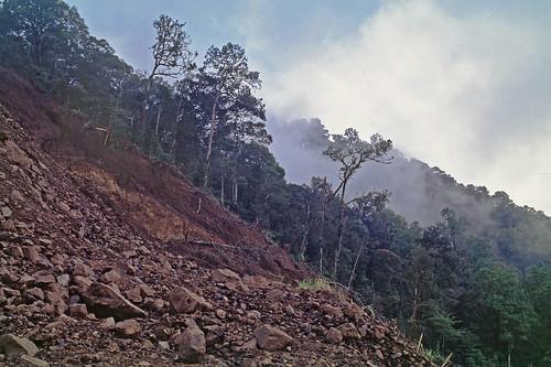 Am Pass Gunung Adas