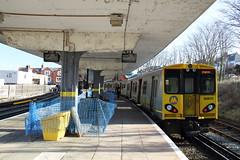 508117 New Brighton, Liverpool (Paul Emma) Tags: uk railroad england train liverpool railway newbrighton merseyside electrictrain merseyrail 508117
