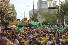 Manifestaes em Porto Alegre (Douglas Pfeiffer Cardoso) Tags: brazil brasil portoalegre poltica liberal riograndedosul corrupo impeachment manifestao protesto foradilma forapt labandalokaliberal