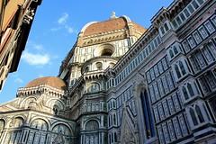 Cathdrale del Duomo (elina.tsamigos) Tags: sky italy sun love florence italia firenze duomo italie brunelleschi