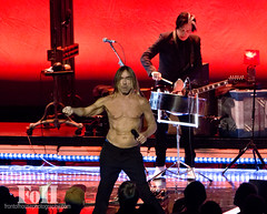 Iggy Pop (fohphoto@rogers.com) Tags: musician toronto radio photography concert punk tour sonycentre band edge singer 1021 legend lead godfather iggypop qotsa rawpower thestooges 2016 universalmusic lustforlife arcticmonkeys lomavista bobbysingh johnhomme the6ix fohphoto postpopdepression queensofthestonaage iggypopofficial