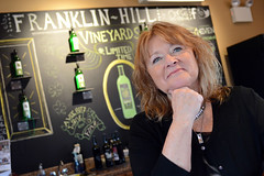 Vino in the Valley - Franklin Hill Vineyards (Lehigh Valley Wine Trail) Tags: vineyard wine pennsylvania bangor winery lehighvalley wines wineries winetrail franklinhill